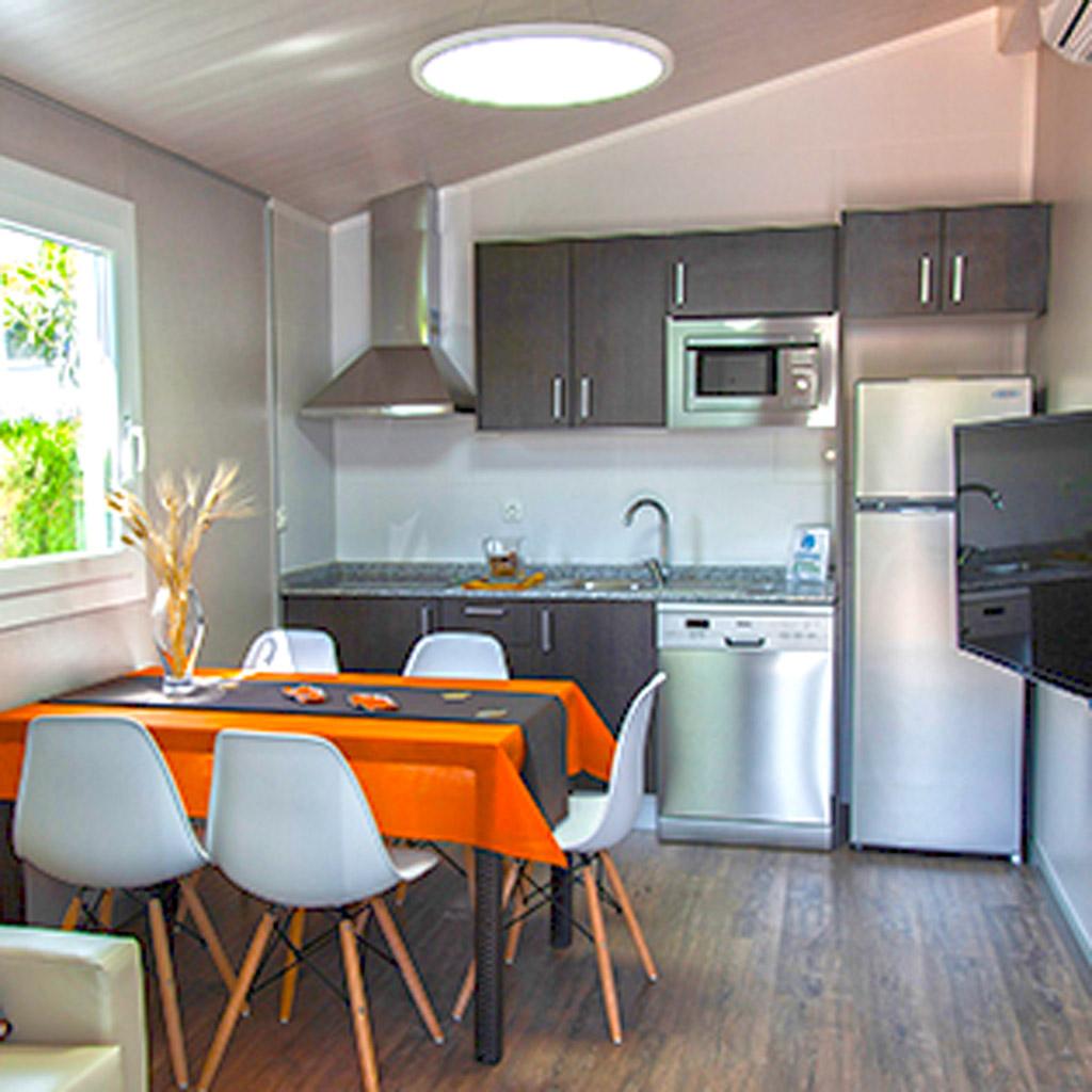 Copia-de-camping_la_marina_bungalow_playa_02